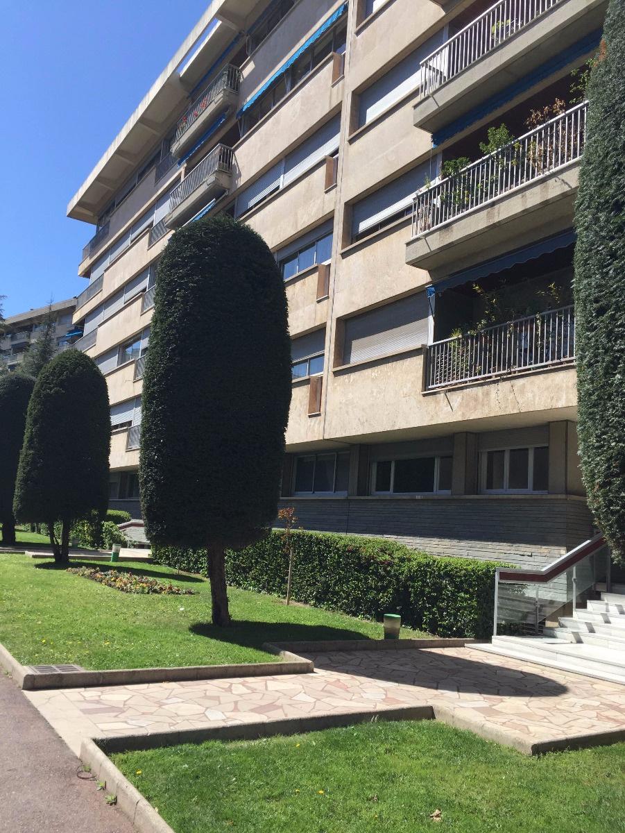 Vente appartement t3 mermoz 13008 marseille for Marseille appartement